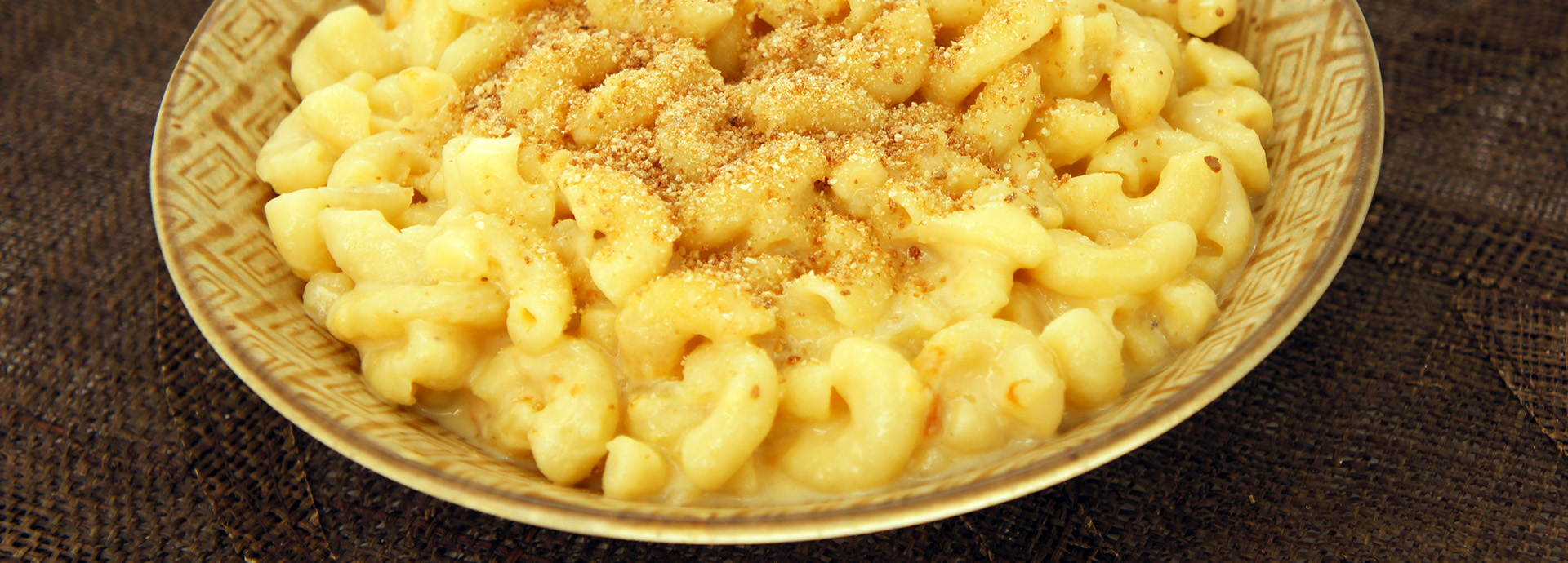 Skinner® - Baked Macaroni and Cheese with Crispy Breadcrumbs